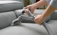 Чистка мягкой мебели своими руками