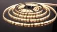 Светодиодная лента3528/60 LED 4.8W IP65 [белая подложка] теплый белый свет