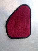 Автоковрик в багажник седан 10 мм красный