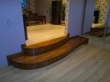 Деревянная лестница - крыльцо, сосна. Челябинск