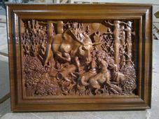 Панно деревянное резное «Охота в лесу». Челябинск