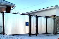 Ворота с ковкой и профнастил  ВК-05. Челябинск