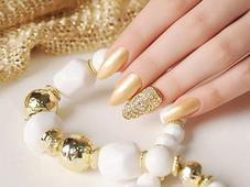 Объемный дизайн ногтей. Челябинск